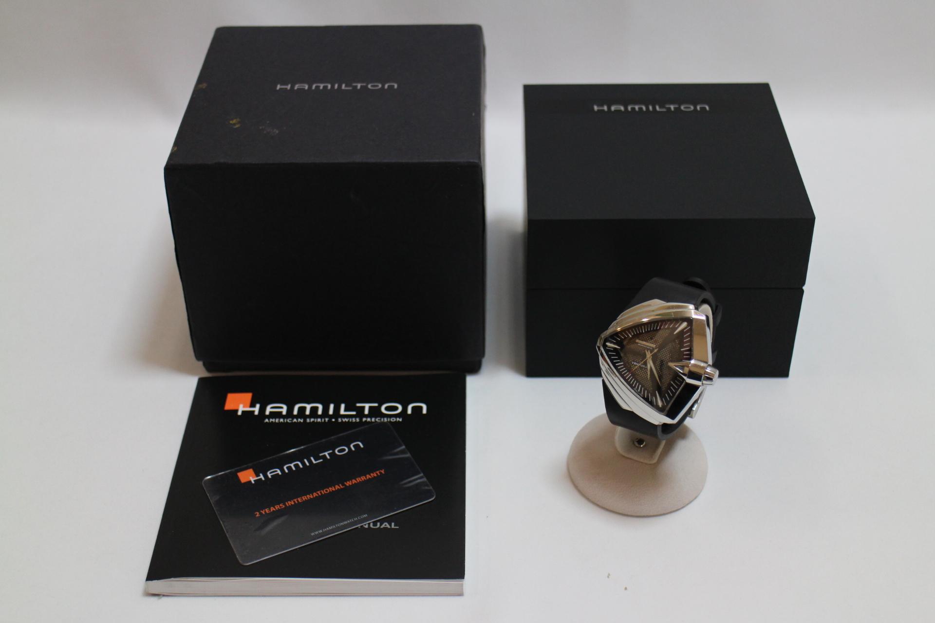 HAMILTON Ventura XXL4
