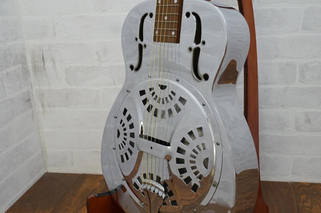 Dobro リゾネーターギター Model362
