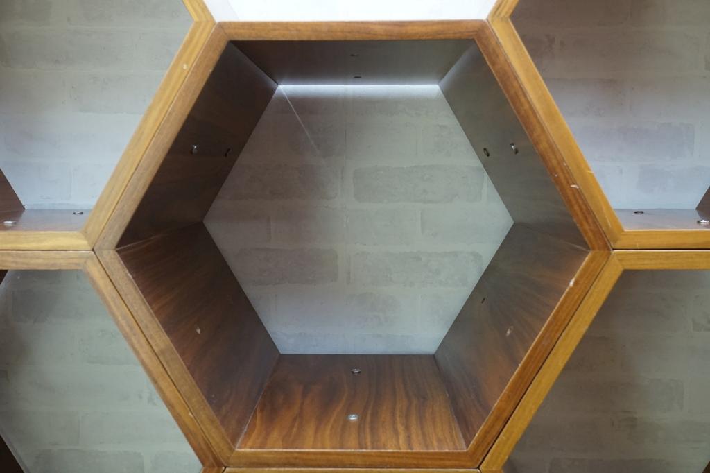 ヘキサゴン(6角形) 連結シェルフ8個3