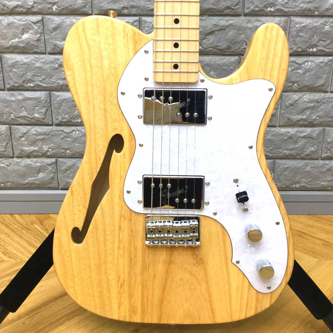 Fender Japan Traditional '70s Telecaster Thinline2
