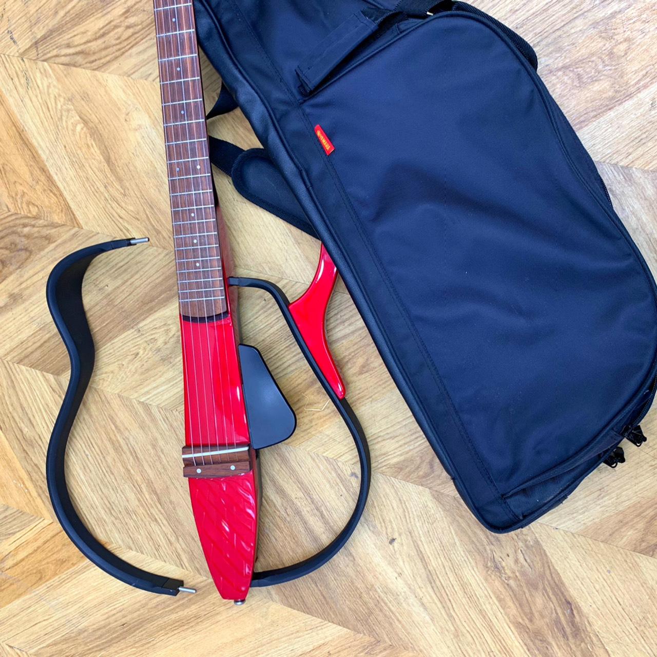 YAMAHA SLG-100S サイレントギター4